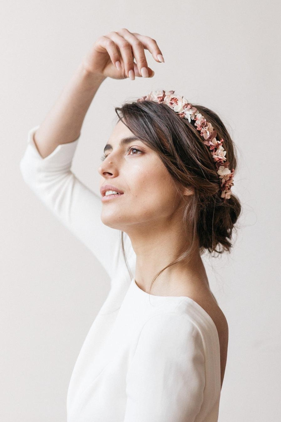 Couronne en fleurs stabilisées Quartz pour la mariée moderne