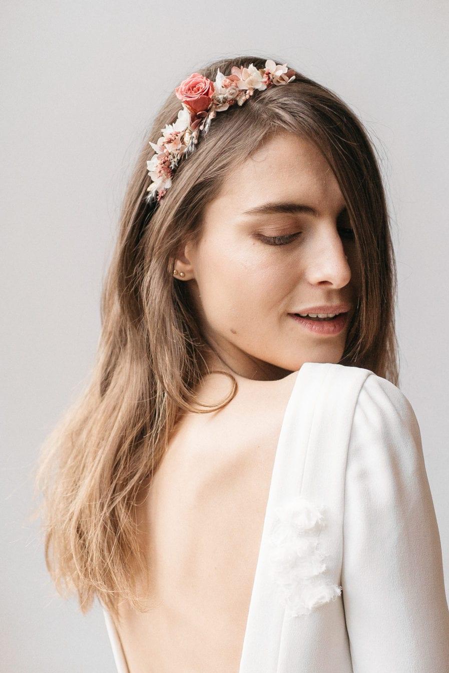 Headband de mariée en fleurs stabilisées Grenat aux tons roses