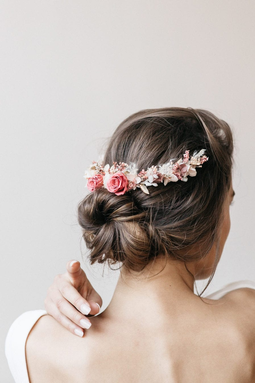 Peigne de mariée long en fleurs séchées Grenat - Les Fleurs Dupont