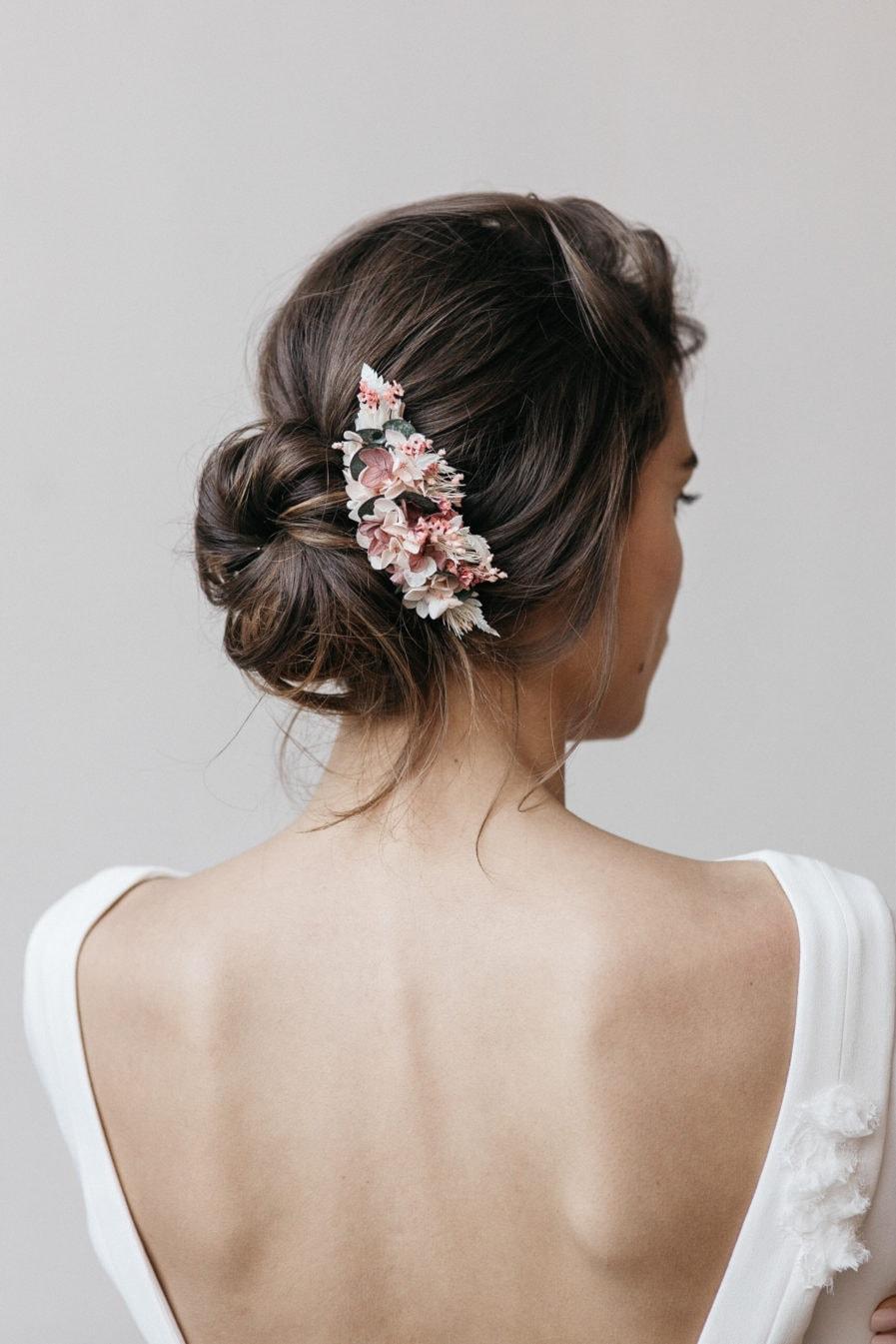 Peigne en fleurs stabilisées Tourmaline aux tons roses