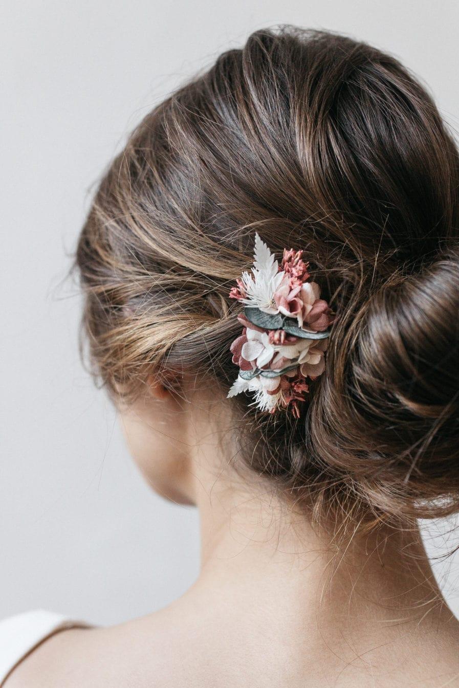 Peigne mini de mariée Tourmaline en fleurs stabilisées