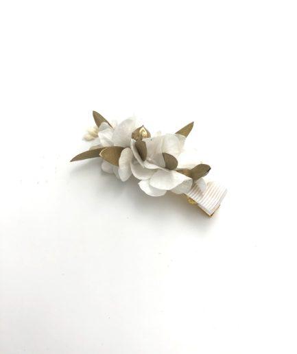 Mini barrette dorée en fleurs naturelles