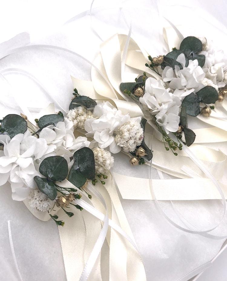 Bracelets de demoiselles d'honneur Minthé en fleurs séchées