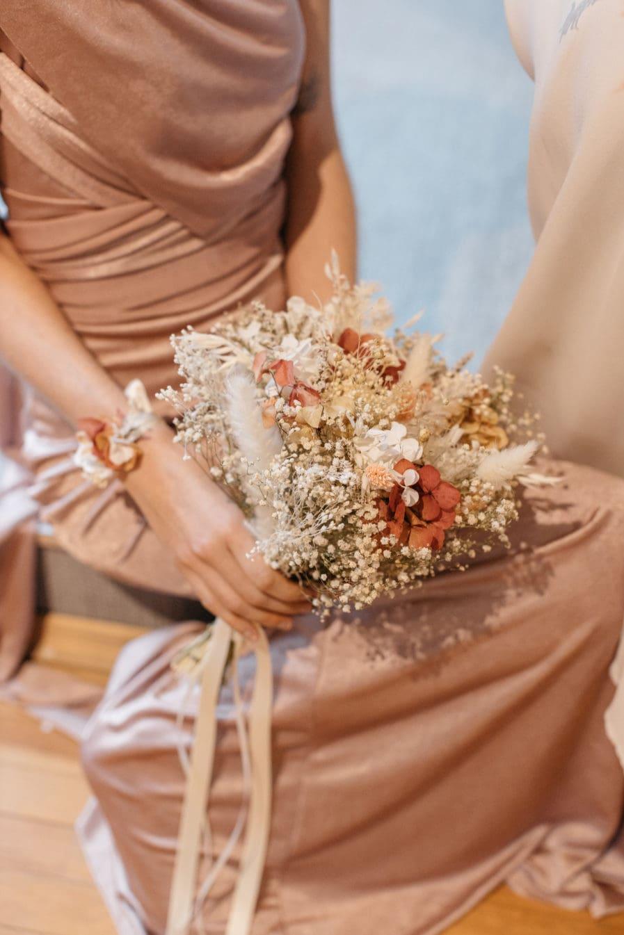 Bouquet en fleurs séchées Blush pour la mariée