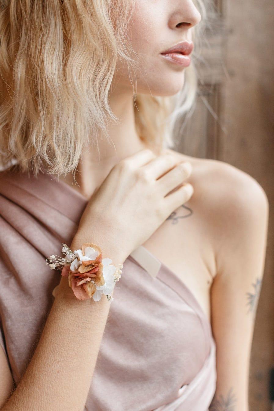 Bracelet en fleurs stabilisées Blush