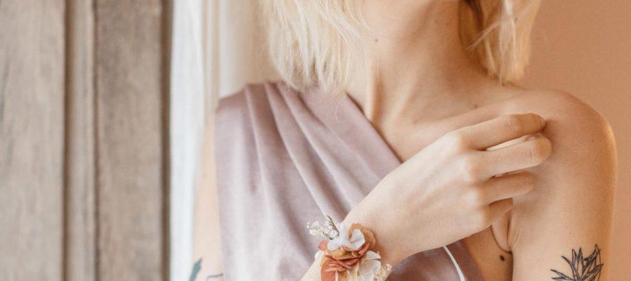 Bracelet en fleurs stabilisées Blush (2)