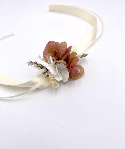 Bracelet en fleurs stabilisées Blush pour la demoiselle d'honneur