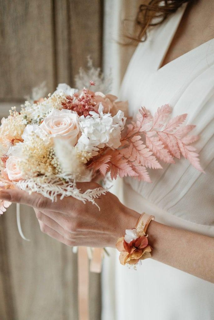 Bracelet jonc Blush pour l'invitée ou la mariée