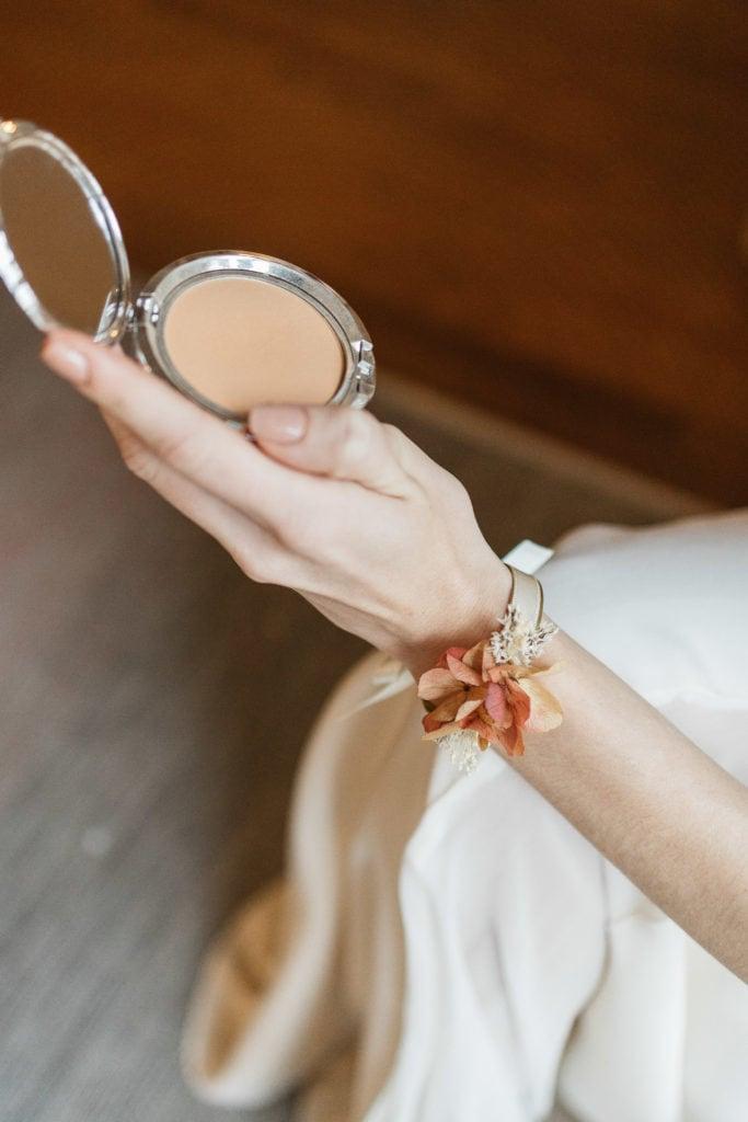 Bracelet jonc fleuri fin Blush