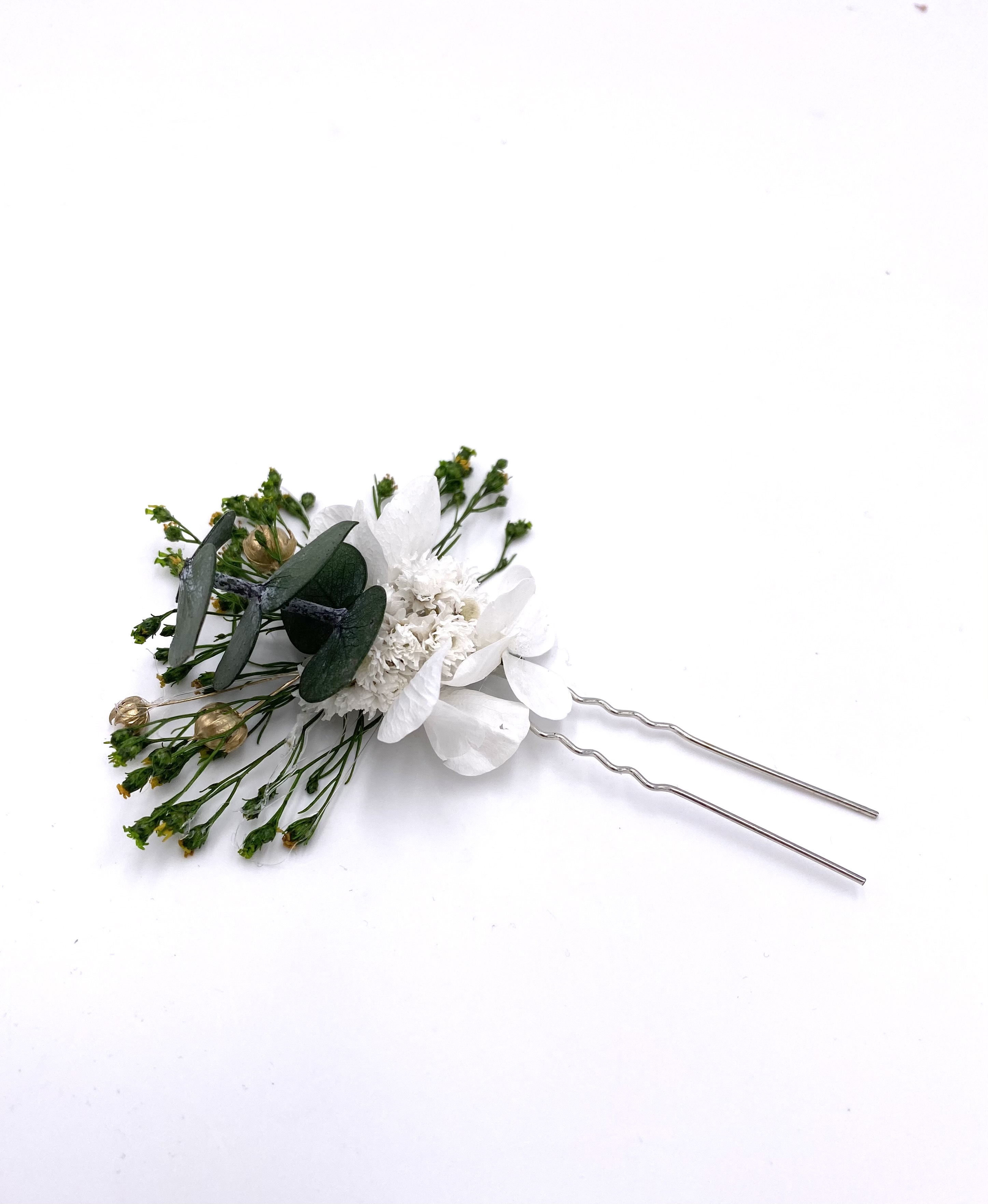 Broche de demoiselle d'honneur Minthé en fleurs