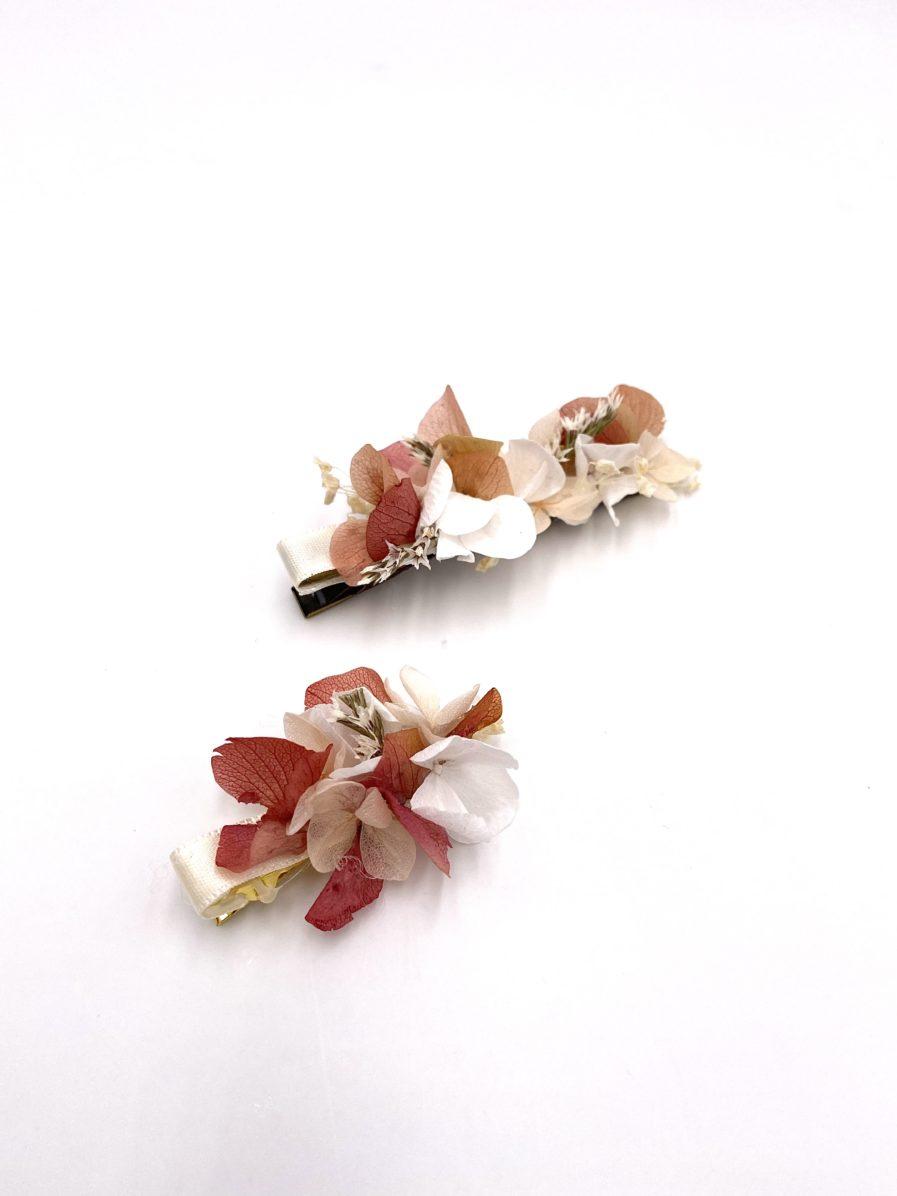 Petite barrette Blush en fleurs